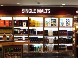 Single Malts Backwall & Gondolas